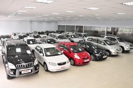 Tổng thống Mỹ cảnh báo đánh thuế đối với ô tô nhập khẩu của EU