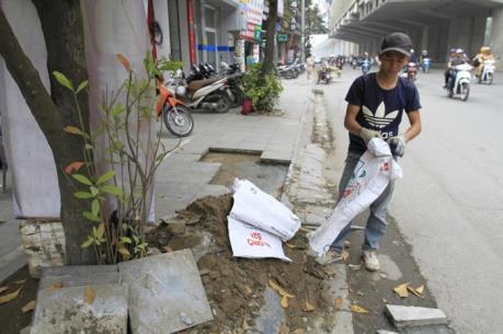Hà Nội đề xuất lát lại đá ở hồ Hoàn Kiếm