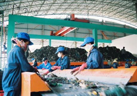 Phần Lan tăng cường đầu tư công nghệ xử lý rác thải, nước thải tại Hà Nội