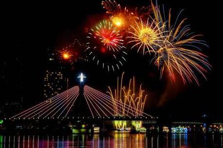 Pháo hoa Đà Nẵng 2018 – Huyền thoại những cây cầu