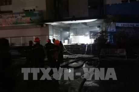 Bảo đảm an toàn cho người và công trình lân cận sau sự cố cháy chung cư Carina Plaza