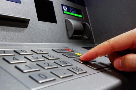 Phạt tù kỹ thuật viên làm giả thẻ ATM để chiếm đoạt tiền