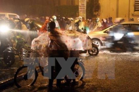 Dự báo thời tiết đêm 14/4: Bắc Bộ và Bắc Trung Bộ có mưa vừa, mưa dông nhiều nơi