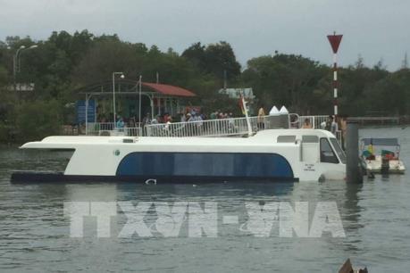 Tp.Hồ Chí Minh: Phát hiện sự cố tàu cao tốc khi cập cảng Tắc Suất, huyện Cần Giờ