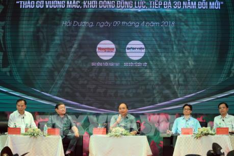 Thủ tướng Nguyễn Xuân Phúc đối thoại với nông dân