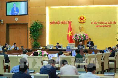 Ủy ban Thường vụ Quốc hội thảo luận về Luật Phòng, chống tham nhũng (sửa đổi)