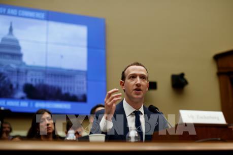 Vụ bê bối dữ liệu của Facebook: EU kêu gọi Facebook hợp tác toàn diện