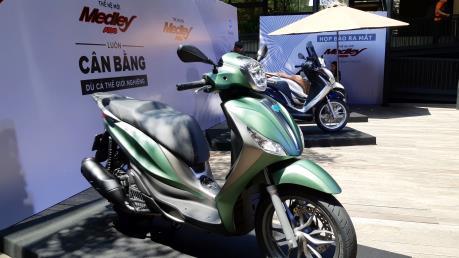 Chi tiết mẫu xe tay ga cao cấp Medley ABS 2018 vừa ra mắt