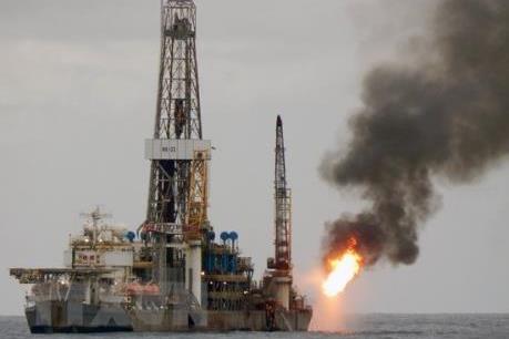 Cuộc chiến Syria khiến thị trường dầu mỏ tăng kỷ lục, vàng lên giá