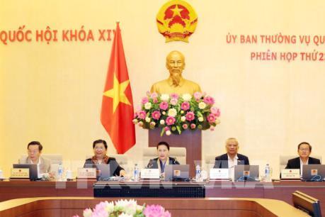 Phiên họp thứ 23 Ủy ban Thường vụ Quốc hội: Tiếp tục cải tiến hoạt động chất vấn