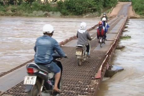 Lâm Đồng: Cầu Đạ Long sẽ được đầu tư xây mới sau khi lũ cuốn trôi