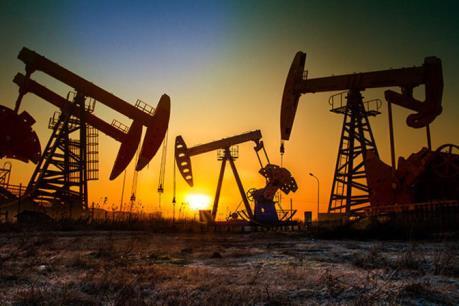 Năm yếu tố chi phối biến động của giá dầu thô thế giới