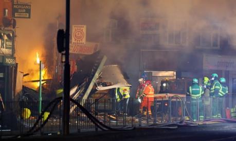 Nổ lớn tại Anh, hàng chục người bị thương