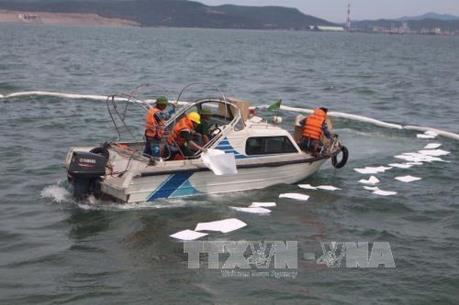 Quảng Bình tổ chức tập huấn ứng phó với sự cố tràn dầu