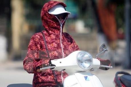 Thời tiết ngày 17/5, nắng nóng tiếp tục xảy ra trên diện rộng ở Bắc Bộ