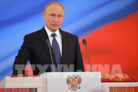 Tổng thống V.Putin tuyên bố tàu chiến Nga sẽ thường trực tại Địa Trung Hải