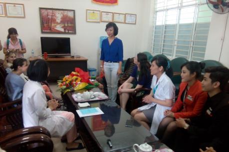 Máy bay quay đầu cấp cứu nữ du khách mang thai tại Đà Nẵng
