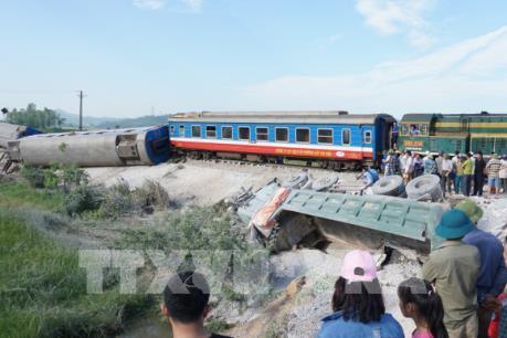 Toàn cảnh vụ tai nạn tàu hỏa nghiêm trọng tại Thanh Hóa