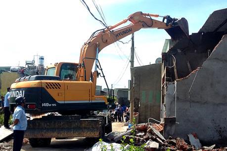 Cưỡng chế tháo dỡ các công trình xây dựng trái phép tại Tp. Vũng Tàu