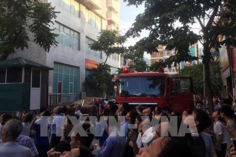 Hà Nội: Đang cháy lớn tại chung cư CT3 Bắc Hà, Hà Đông