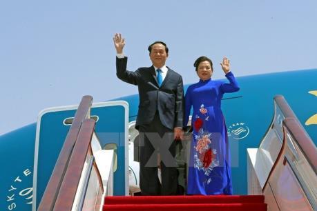 Chủ tịch nước Trần Đại Quang và Phu nhân rời Hà Nội đi thăm cấp Nhà nước tới Nhật Bản