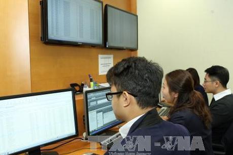 Làm gì để hút vốn ngoại trên thị trường trái phiếu Chính phủ?