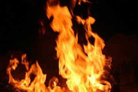 Hải Phòng: Cháy lớn làm sập 3 nhà kho tại huyện An Dương