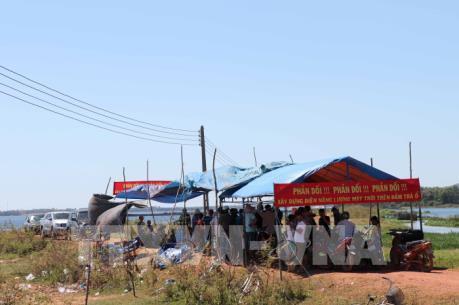 Đối thoại với người dân về dự án điện mặt trời trên đầm Trà Ổ, Bình Định
