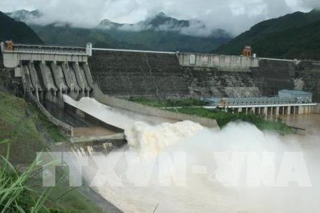 8 giờ ngày 7/7, mở một cửa xả đáy hồ Sơn La và hồ Hòa Bình