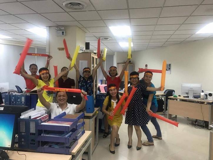 Tưng bừng hội diễn văn nghệ Thông tấn xã Việt Nam 2017 - hình 16