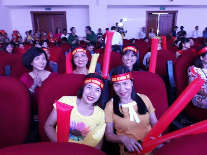 Tưng bừng hội diễn văn nghệ Thông tấn xã Việt Nam 2017 - hình 17