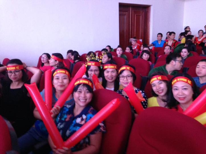 Tưng bừng hội diễn văn nghệ Thông tấn xã Việt Nam 2017 - hình 18