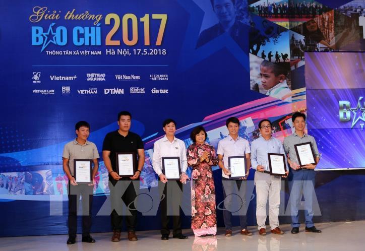 Lễ trao Giải báo chí Thông tấn xã Việt Nam 2017 - hình 5