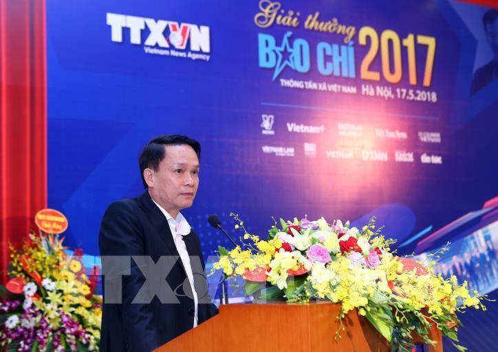 Lễ trao Giải báo chí Thông tấn xã Việt Nam 2017 - hình 12