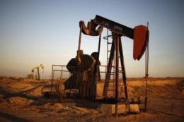 Giá dầu thế giới đi lên khi sản lượng dầu của OPEC giảm