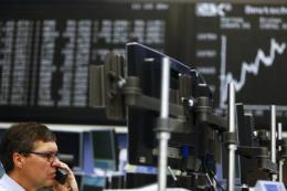 """Chứng khoán châu Âu tăng điểm sau khi ECB """"án binh bất động"""""""