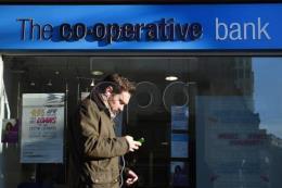 """Ngân hàng Anh thay đổi chiến lược vận động trước nguy cơ """"Brexit cứng"""""""