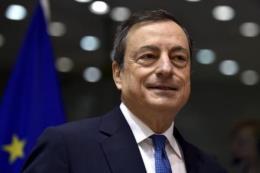 Chủ tịch ECB: Chiến thắng của Donald Trump và vấn đề Brexit gây bất ổn kinh tế