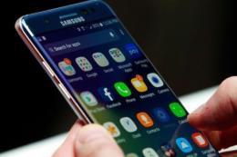 Quý I, doanh số bán điện thoại cao cấp của Samsung chiếm chưa tới 30% tổng doanh số
