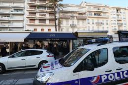 Xảy ra vụ trộm trang sức táo tợn tại Cannes, Pháp