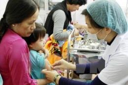 Thành phố Hồ Chí Minh: Vắc-xin 5 trong 1 dịch vụ hết hàng