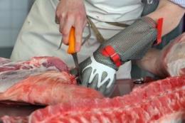 """Giá thịt lợn tăng """"đột biến"""" tại các chợ"""