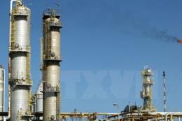 Giá dầu châu Á vẫn giữ ở mức cao