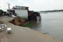 Vụ sạt lở bờ sông ở An Giang: Đã cấp nền nhà ổn định cho các hộ dân