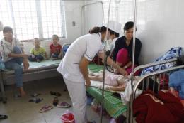 Thêm hai trẻ em nhập viện vì bệnh sốt rét  