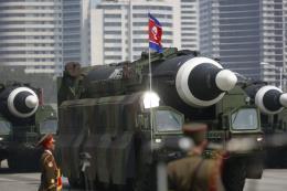 Triều Tiên công bố hình ảnh thiết kế tên lửa mới