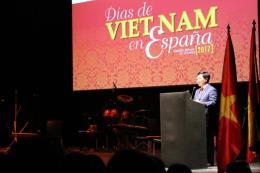 Phó Thủ tướng Phạm Bình Minh hội kiến Nhà vua Tây Ban Nha Felipe VI