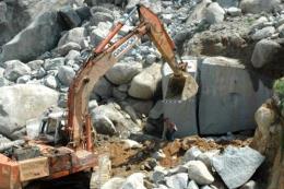 Sập mỏ đá trắng tại Quỳ Hợp, 3 người thương vong