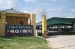 Công nhân Công ty may xuất khẩu Philko Vina đi làm trở lại