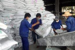 Supe phốt phát và hóa chất Lâm Thao cung ứng gần 20 triệu tấn phân bón cho đồng ruộng